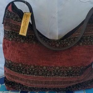 Handbags - 4/$30🌹NWT GOLD COAST BOHO STYLE MEDIUM SIZE BAG